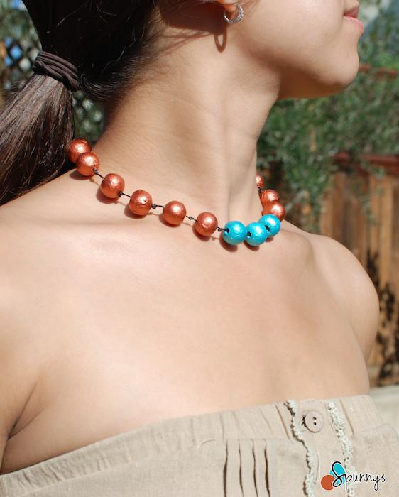 paper bead necklace DIY