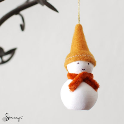 DIY crafts snowman christmas ornament felt pipe cleaners