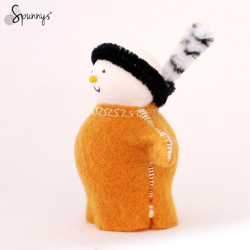 DIY peg doll thanksgiving pilgrims