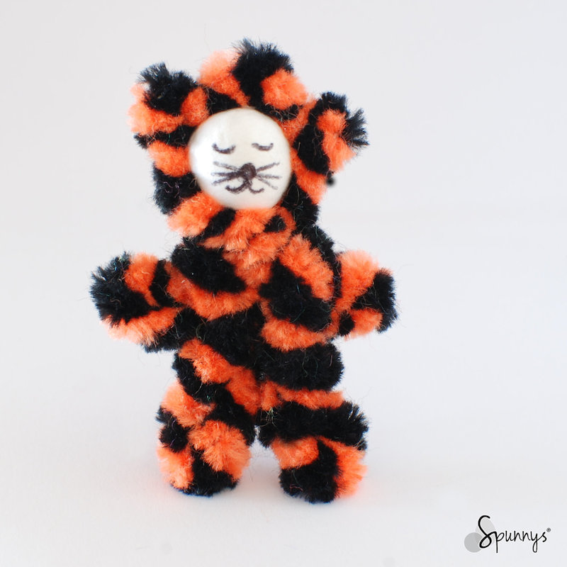 pipe cleaner baby tiger