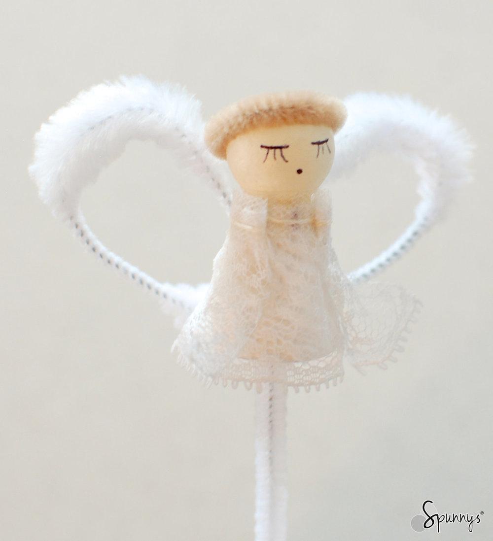 pipe cleaner vintage angel ornament DIY tutorial
