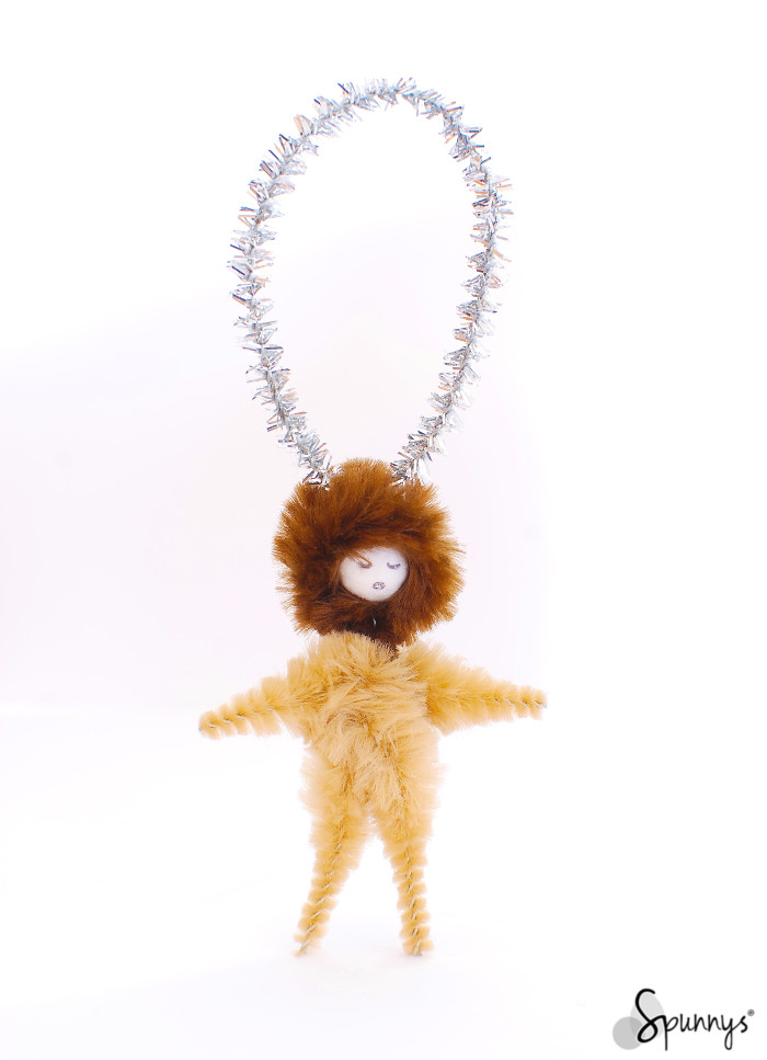 Vintage inspired chenille pipe cleaner ornament