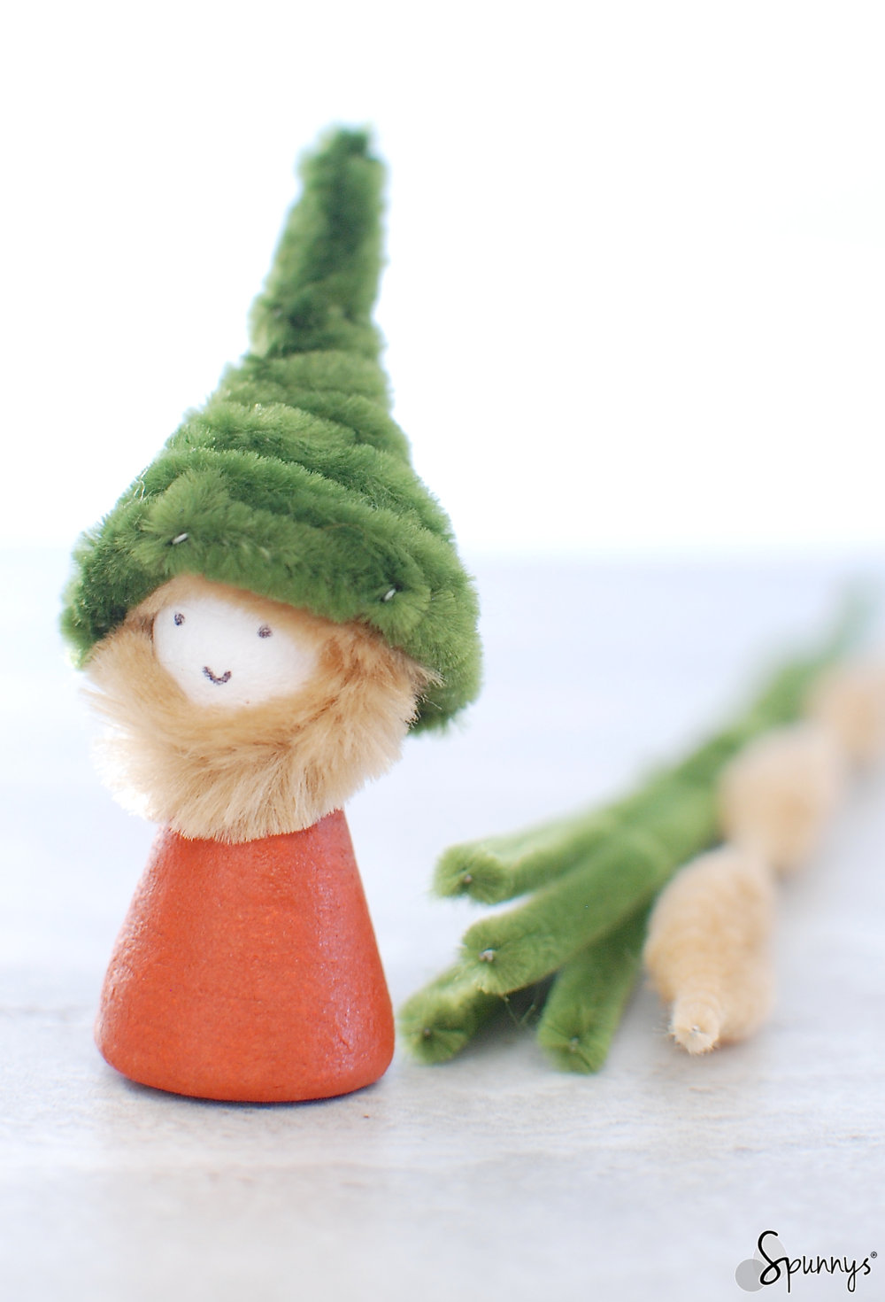 gnome DIY ornament pipe cleaner spun cotton