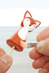 how to paint peg dolls