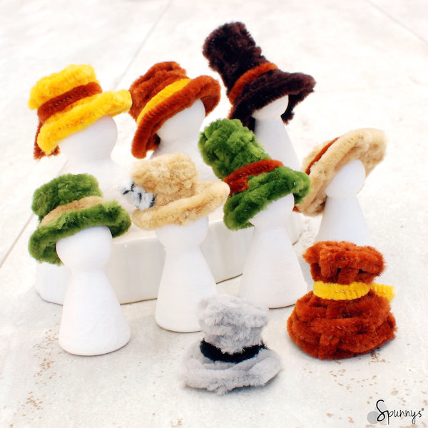 pipe cleaner hats for peg dolls people