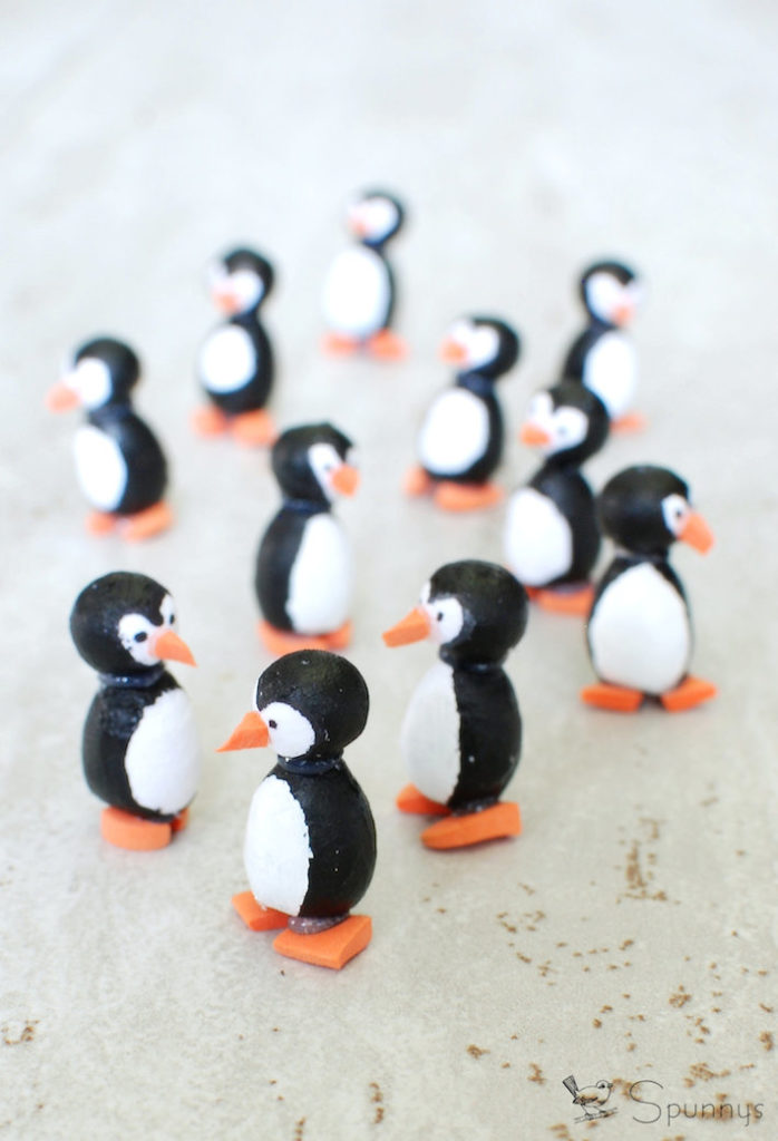 Penguin figures DIY