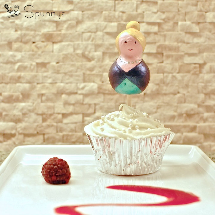 Easy DIY cake toppers - princess