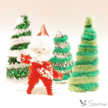 Pipe Cleaner Santa Ornament