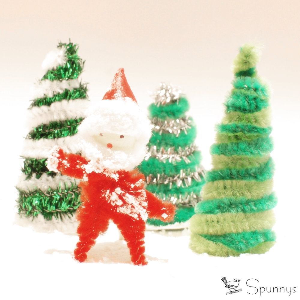 Pipe Cleaner Santa Ornament