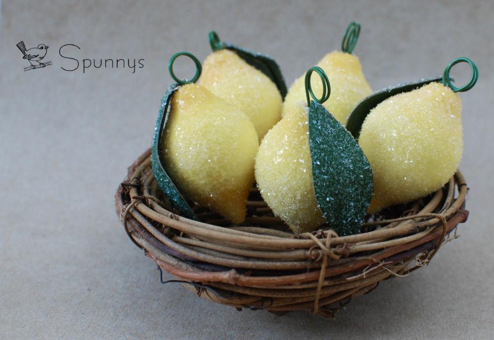 how to make glittered lemon ornaments