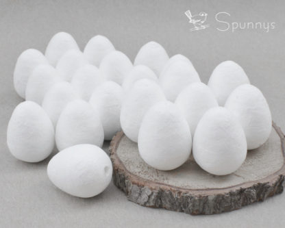 22 spun cotton eggs 30 mm